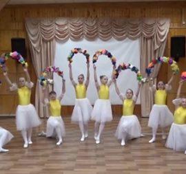 Спасибо, врачи. Праздничный концерт от Сыктывкарского детского дома №1